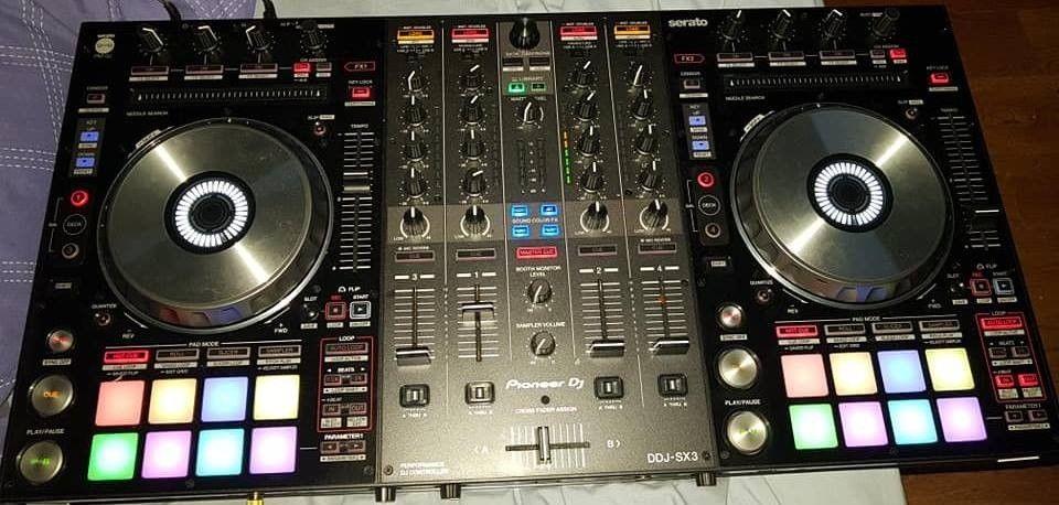 Pioneer DDJ-SX3 Controller = 550 EUR, Pioneer DDJ-1000 Controller = 550EUR  Pioneer XDJ-RX2 = 800EUR