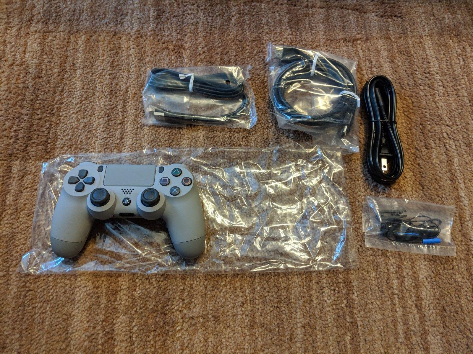 PlayStation Gold με 2 κονσόλες απεριόριστη έκδοση με πλήρη αξεσουάρ, με παιχνίδια.
