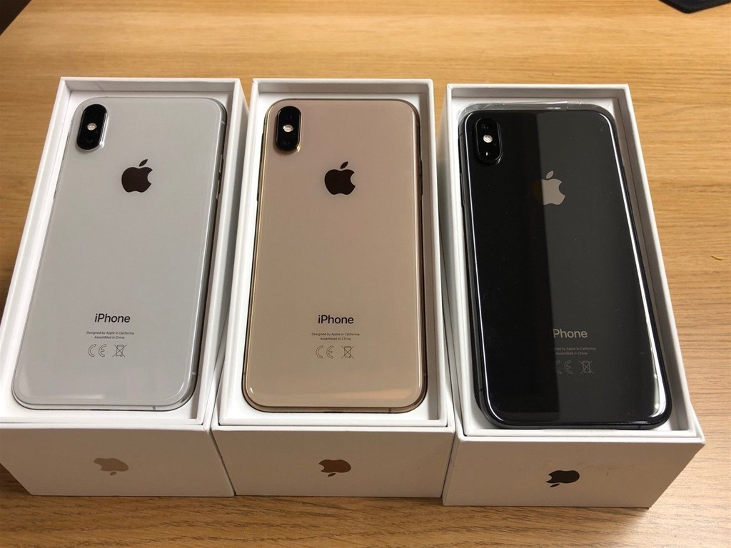 Apple iPhone XS 64GB = €400 ,iPhone XS Max 64GB = €430,iPhone X 64GB = €300,iPhone 8 64GB = €250, Apple iPhone XR 64GB = €350 , Whatsapp Chat : +27837724253