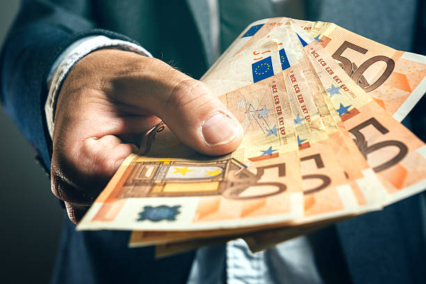 Οικονομική λύση εδώ, βοηθούμε με όλους τους τύπους δανείων.