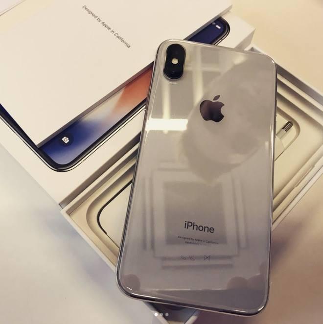 New Apple iphone 11 Pro 256gb with warranty WHATSAPP: +447747080399