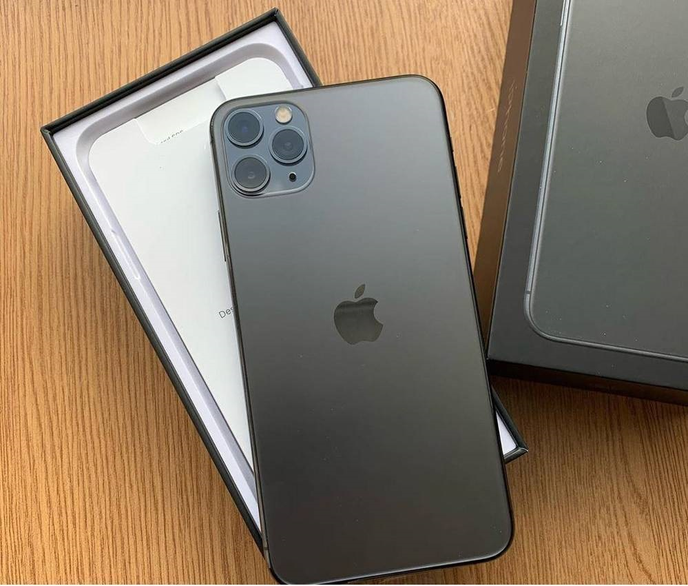 APPLE IPHONE 11 PRO 64GB = €500,IPHONE 11 PRO MAX 64GB = €530 , IPHONE 11 64GB = €400 , IPHONE XS 64GB = €350 , IPHONE XS MAX 64GB = €370 ,  WHATSAPP CHAT : +27837724253