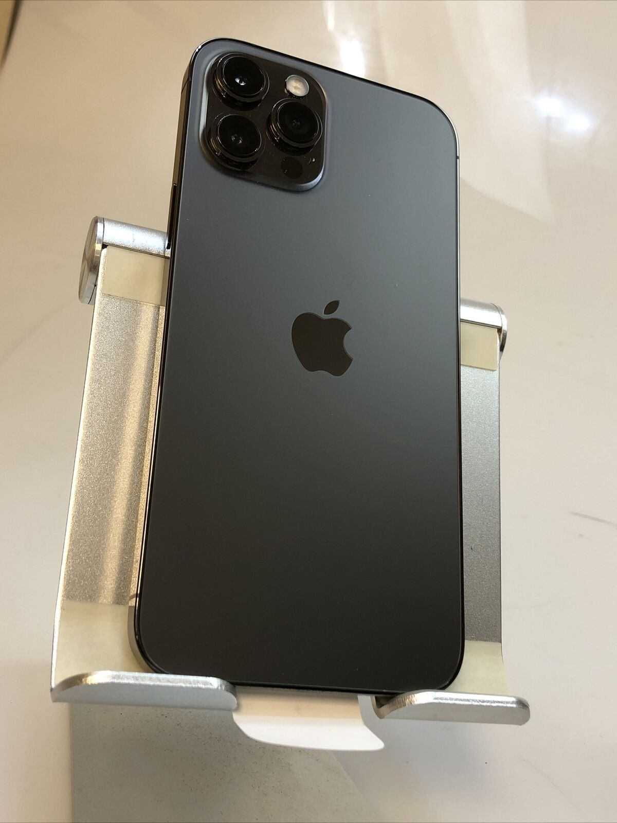 Selling Apple iPhone 12 Pro Max 512Gb W/A: +17622334358